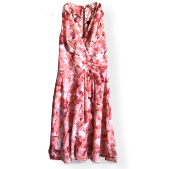 White House Black Market Dresses & Skirts - EUC WHBM Floral Halter Dress